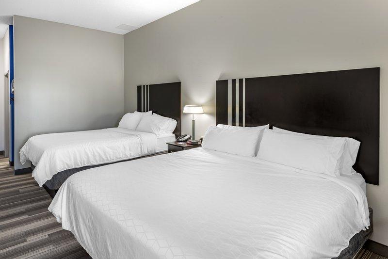 Holiday Inn Express & Suites Cincinnati - Blue Ash-Guest Room<br/>Image from Leonardo