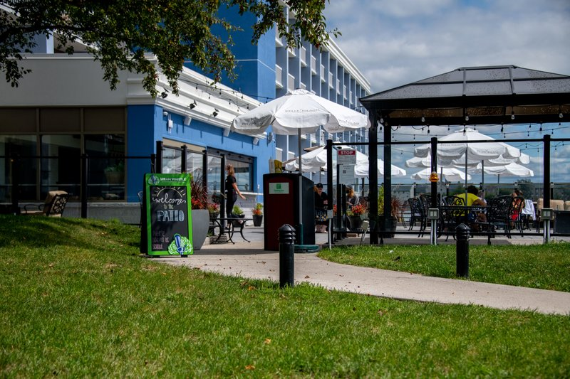 Holiday Inn Kingston - Waterfront-Hot summer months enjoy Wharf & Feather Waterfront Venue<br/>Image from Leonardo