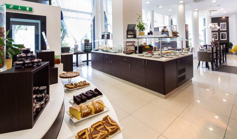 Holiday Inn Turin - Corso Francia-Breakfast Area<br/>Image from Leonardo