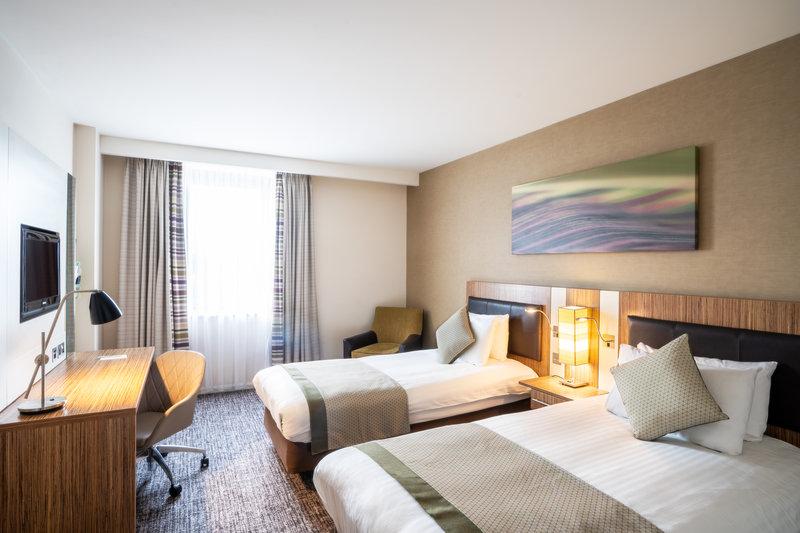 Holiday Inn Stevenage-Twin Guest Room<br/>Image from Leonardo