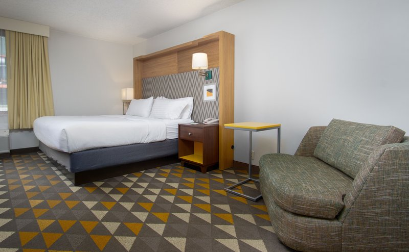 Holiday Inn Steamboat Springs-Guest Room<br/>Image from Leonardo