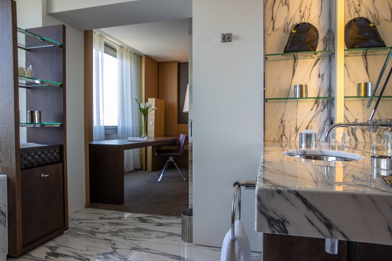 InterContinental Geneve-Presidential Suite<br/>Image from Leonardo