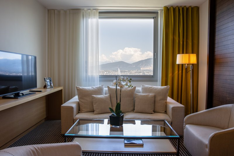 InterContinental Geneve-Executive Suite<br/>Image from Leonardo