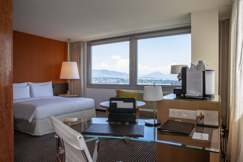 InterContinental Geneve-Executive Room<br/>Image from Leonardo