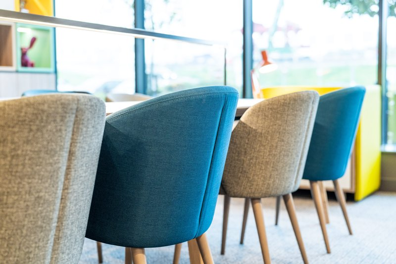 Holiday Inn Fareham - Solent-Seating in our Open Lobby<br/>Image from Leonardo