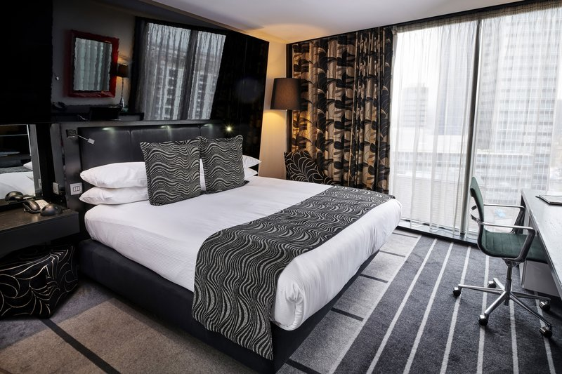 Crowne Plaza Manchester City Centre-Queen Bed Guest Room<br/>Image from Leonardo