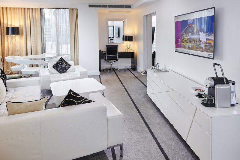 Crowne Plaza Manchester City Centre-Presidential Suite<br/>Image from Leonardo