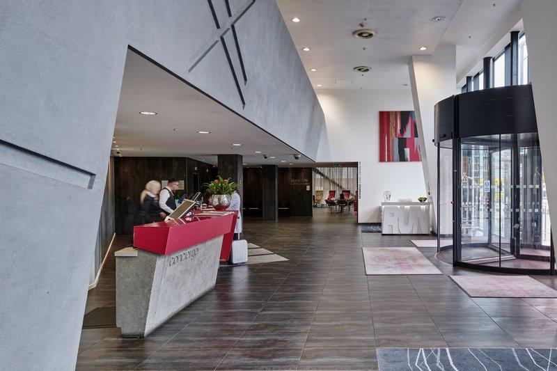 Crowne Plaza Manchester City Centre-Reception<br/>Image from Leonardo
