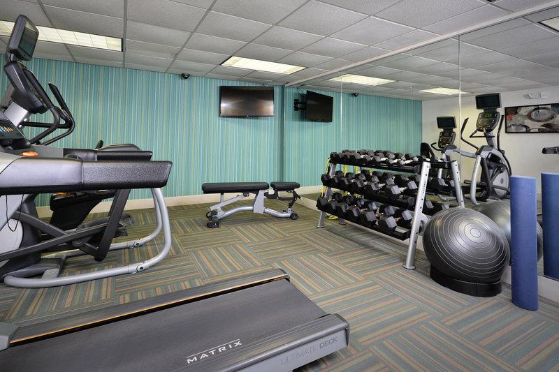 Holiday Inn Express Lynchburg-Fitness Center<br/>Image from Leonardo