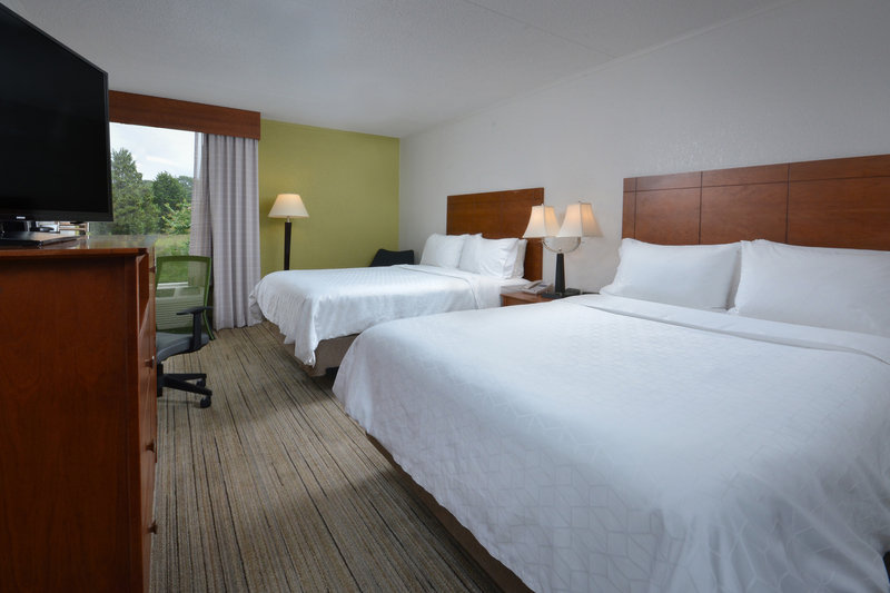 Holiday Inn Express Lynchburg-Double Queen rooms are ideal for an affordable stay in Lynchburg.<br/>Image from Leonardo
