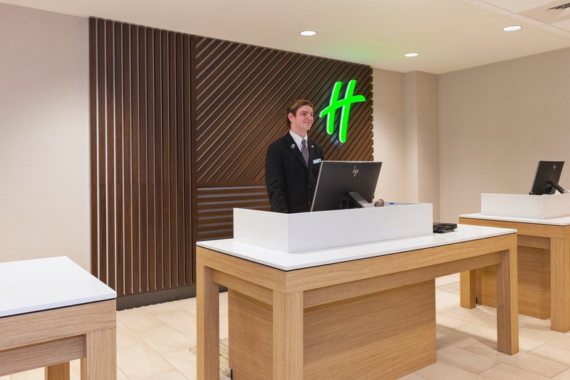 Holiday Inn Grand Rapids Downtown-Front Desk <br/>Image from Leonardo