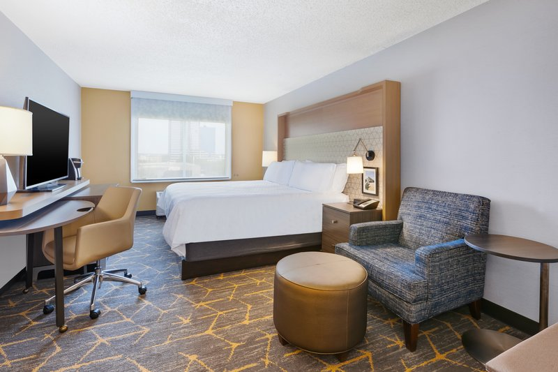 Holiday Inn Grand Rapids Downtown-1 King Bed City View Nonsmoking <br/>Image from Leonardo