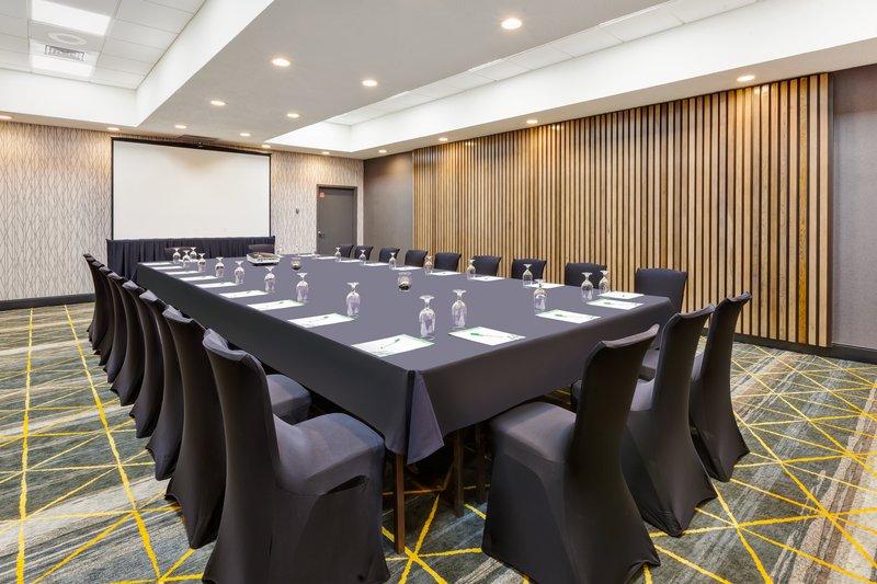 Holiday Inn Grand Rapids Downtown-Meeting Room <br/>Image from Leonardo