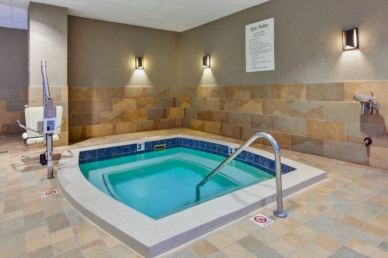 Holiday Inn Grand Rapids Downtown-Hot Tub <br/>Image from Leonardo