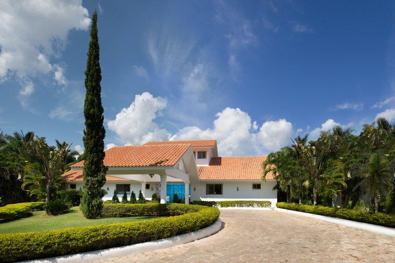 Casa De Campo - Casa del Rocio - Entrance.jpg <br/>Image from Leonardo