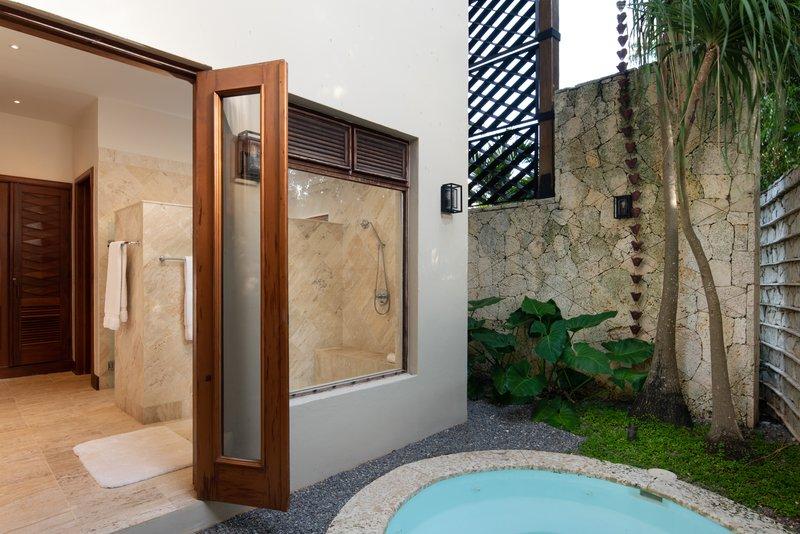Casa De Campo - Villa Laguna del Mar - Bathroom 3.jpg <br/>Image from Leonardo