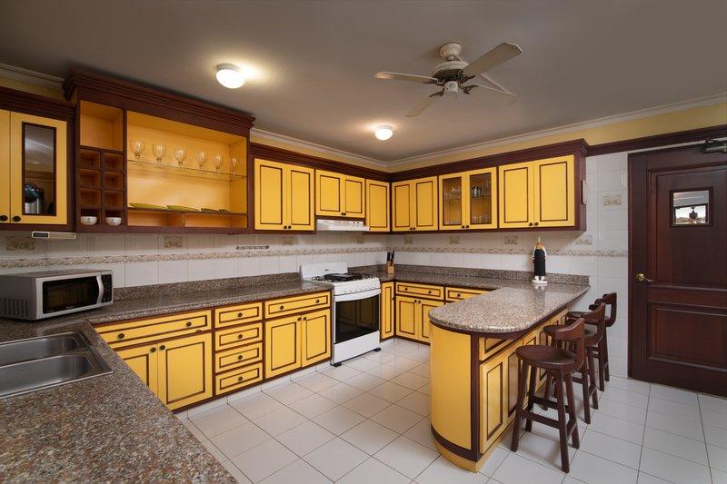 Casa De Campo - Villa del Caribe - Kitchen.jpg <br/>Image from Leonardo