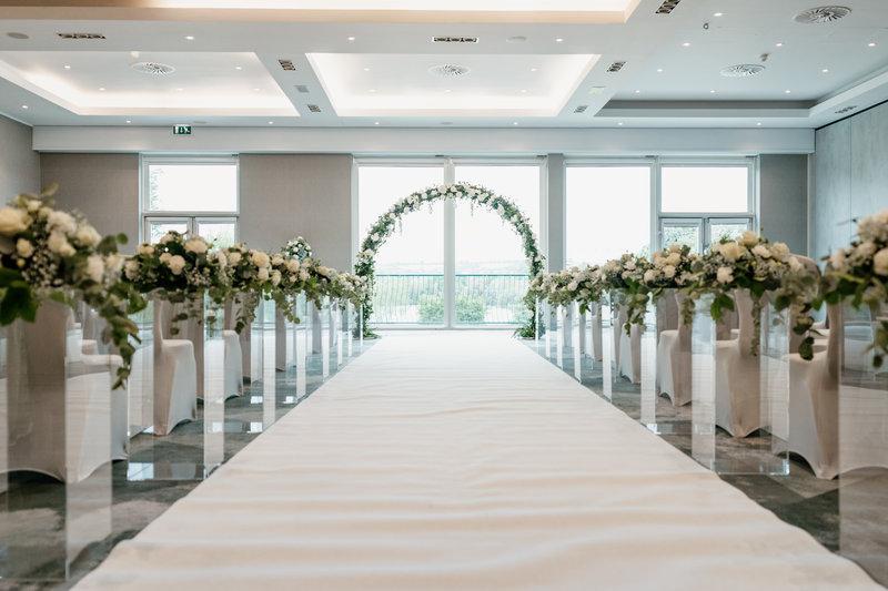 Crowne Plaza Marlow-Licenced Wedding Venue at Crowne Plaza Marlow<br/>Image from Leonardo