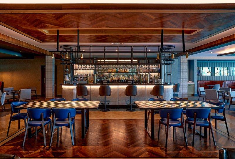 Crowne Plaza Marlow-Hotel Bar<br/>Image from Leonardo