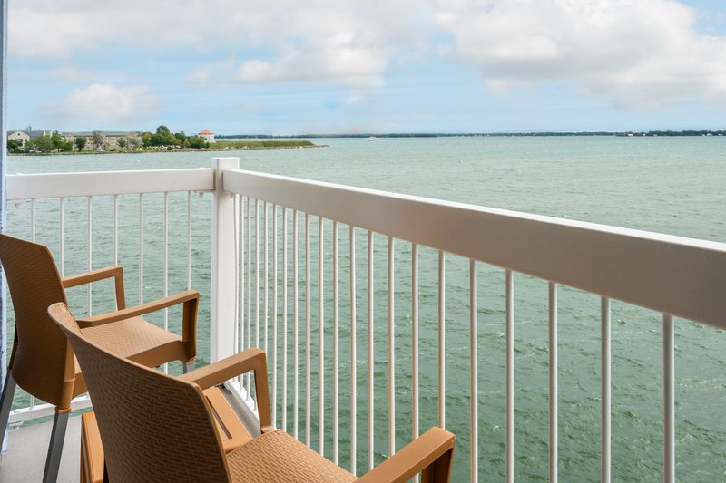 Holiday Inn Kingston - Waterfront-Beautiful view from your balcony<br/>Image from Leonardo