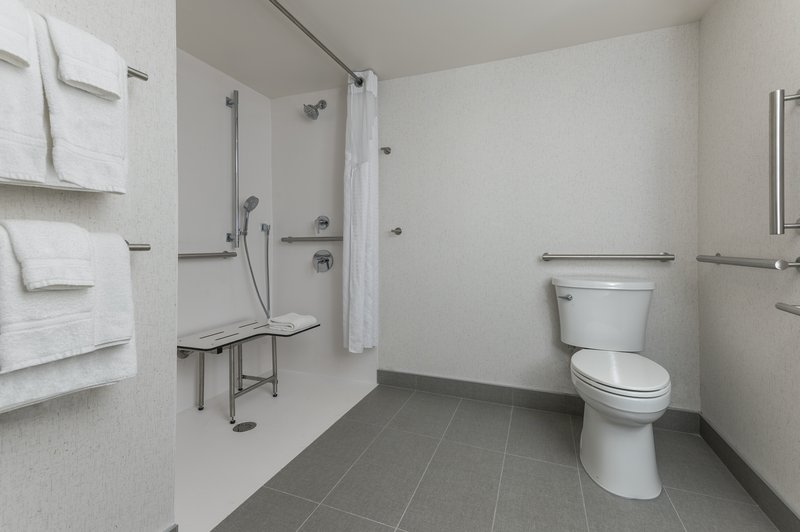 Holiday Inn Kingston - Waterfront-Roll-In Shower <br/>Image from Leonardo