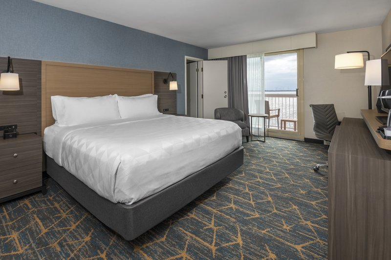 Holiday Inn Kingston - Waterfront-Connecting rooms are available<br/>Image from Leonardo
