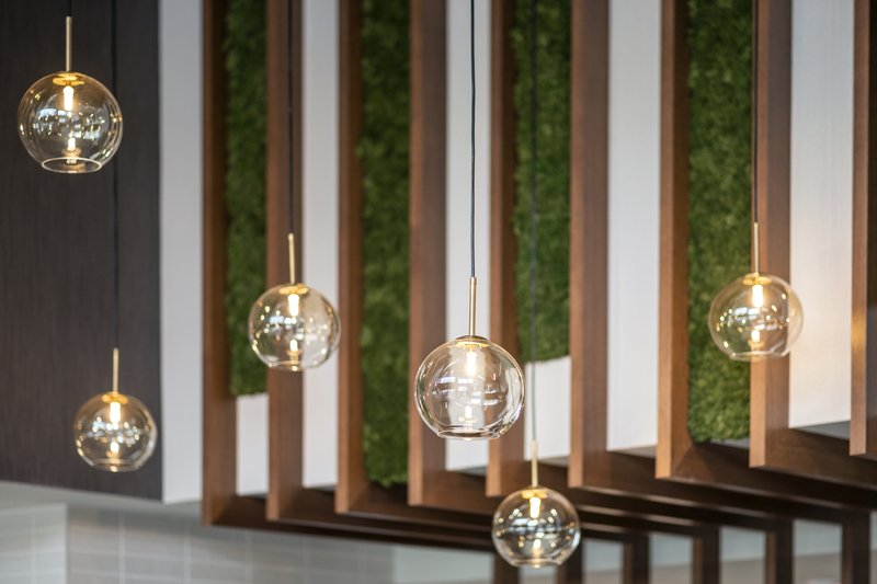 Holiday Inn Kingston - Waterfront-Modern feature in the lobby<br/>Image from Leonardo