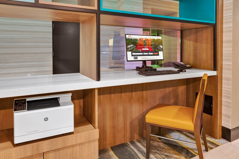 Holiday Inn Grand Rapids Downtown-Business Center <br/>Image from Leonardo