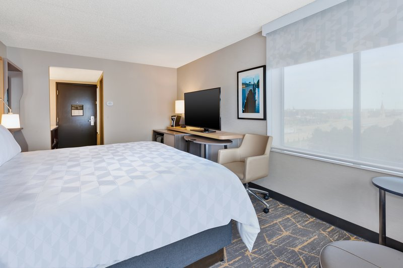 Holiday Inn Grand Rapids Downtown-1 King Bed Corner Room City View NS<br/>Image from Leonardo