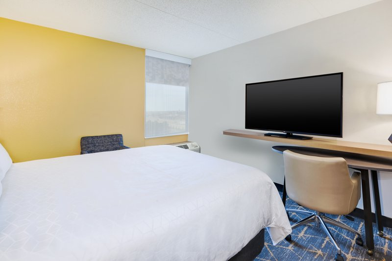 Holiday Inn Grand Rapids Downtown-1 Double Accessible Roll In Shower Nonsmoking <br/>Image from Leonardo