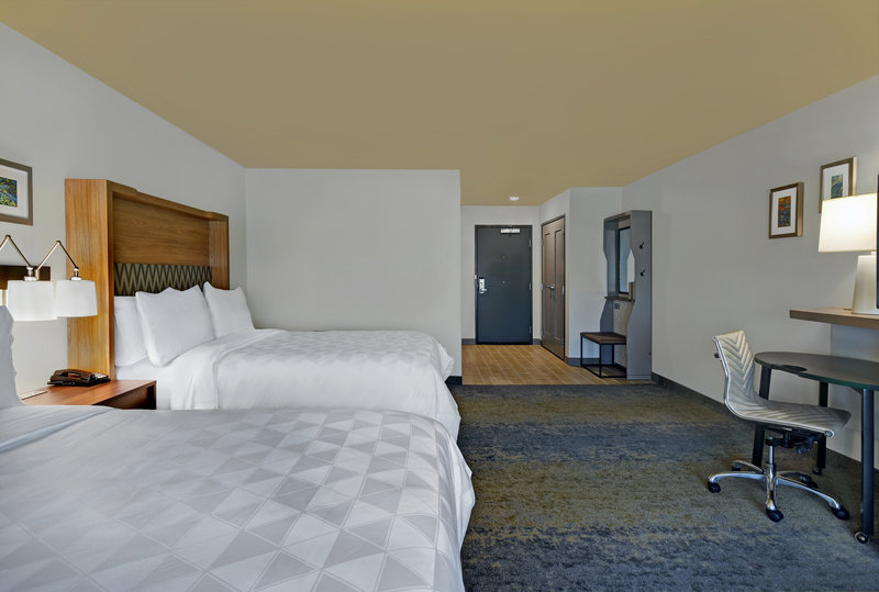 Holiday Inn Grand Rapids North-Two Queen Bed<br/>Image from Leonardo