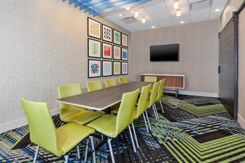 Holiday Inn Express & Suites Grand Rapids Airport - South-Meeting Room<br/>Image from Leonardo