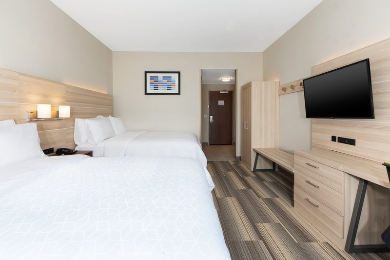 Holiday Inn Express & Suites Grand Rapids Airport - South-Queen Bed Guest Room<br/>Image from Leonardo