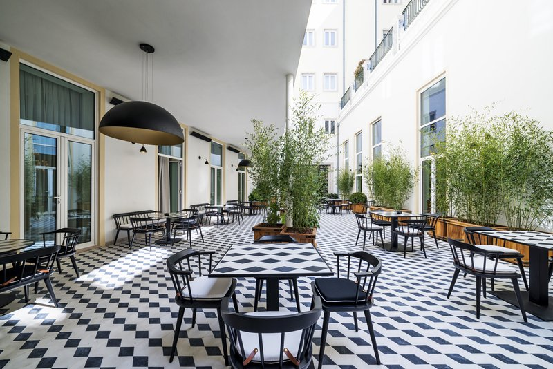 Hotel Infante Sagres-Vogue Café Patio<br/>Image from Leonardo