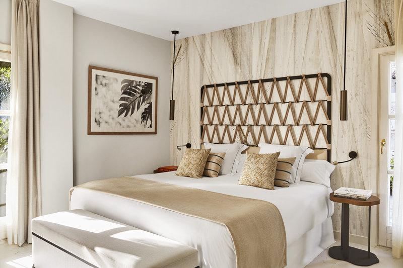 Hotel Puente Romano-Deluxe Garden Suite (Linares) (4).jpg<br/>Image from Leonardo