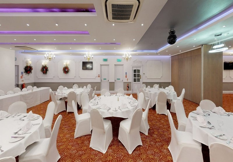 Holiday Inn Leeds - Bradford-Banquet Room<br/>Image from Leonardo