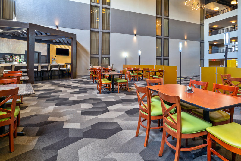 Holiday Inn Morgantown-Reading Area-Restaurant<br/>Image from Leonardo