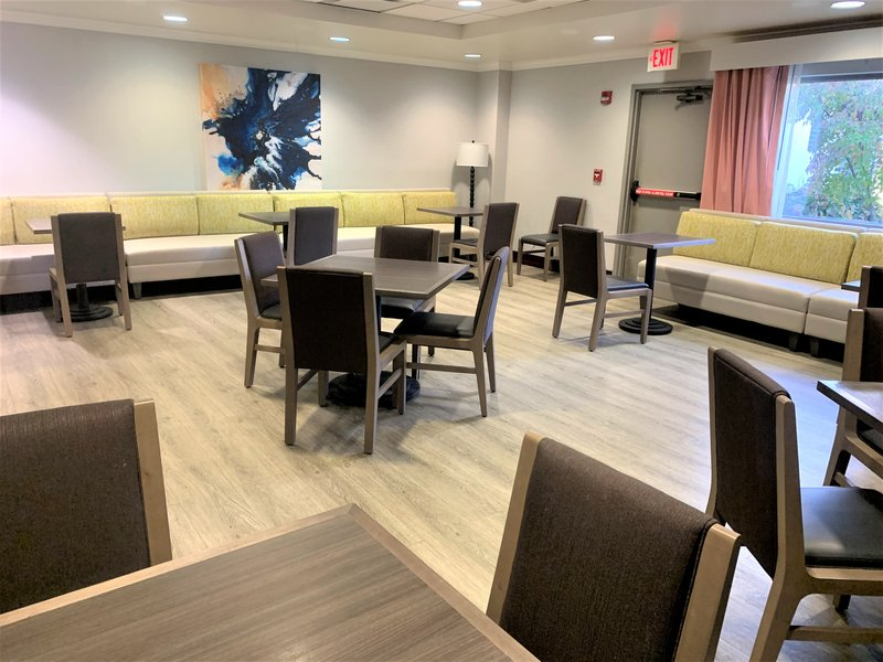 Holiday Inn Asheville - Biltmore West-Private Dining room at the 435 Grill<br/>Image from Leonardo