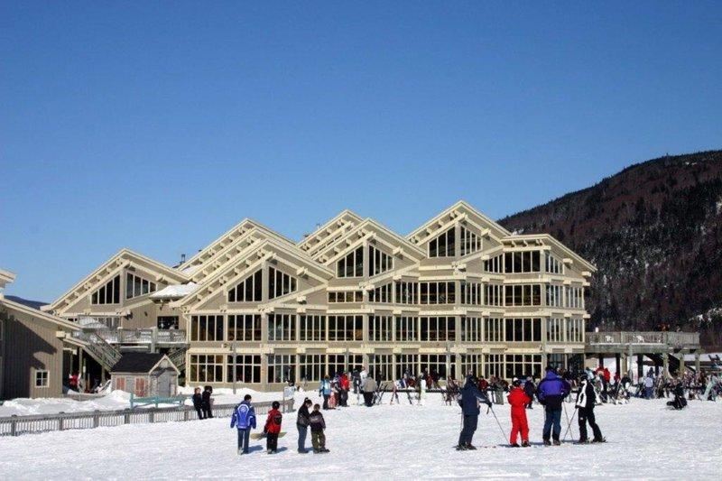 Holiday Inn Express Deer Lake-Marble Mountain Ski Resort<br/>Image from Leonardo