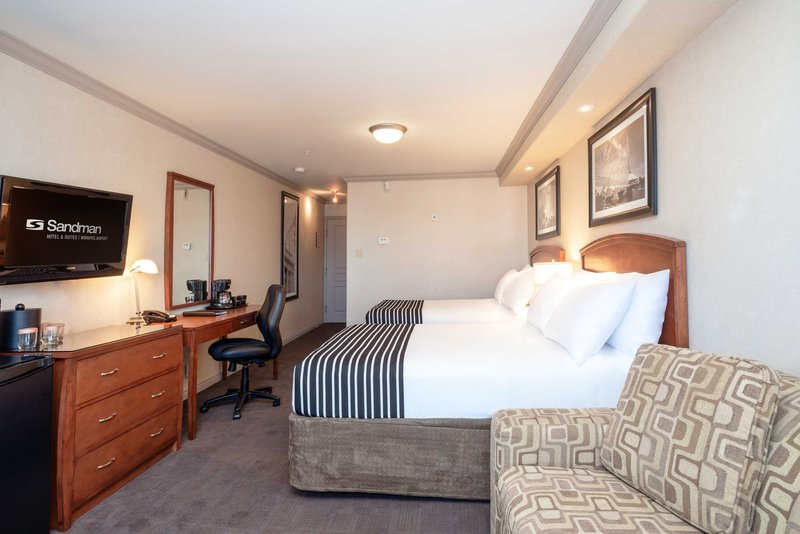 Sandman Hotel, Suites Winnipeg Airport-Executive Two Doubles<br/>Image from Leonardo