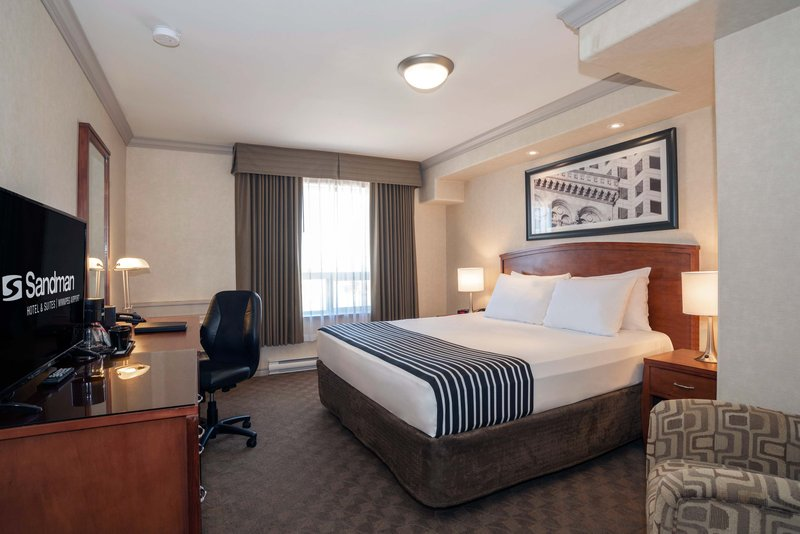 Sandman Hotel, Suites Winnipeg Airport-Standard King<br/>Image from Leonardo