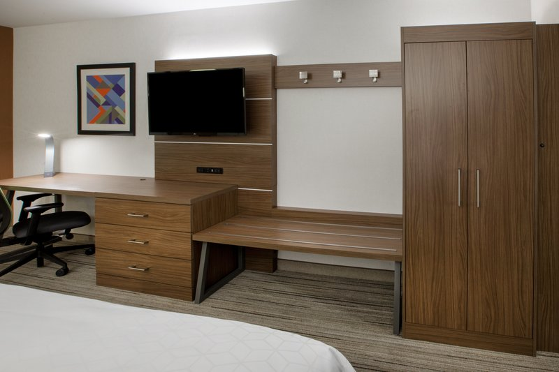 Holiday Inn Express grover Beach-Pismo Beach Area-Modern Guest Room Amenities at your finger tips!<br/>Image from Leonardo