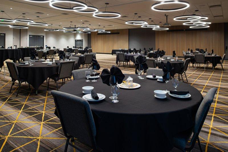 Holiday Inn Hotel And Suites Idaho Falls-Ballroom<br/>Image from Leonardo