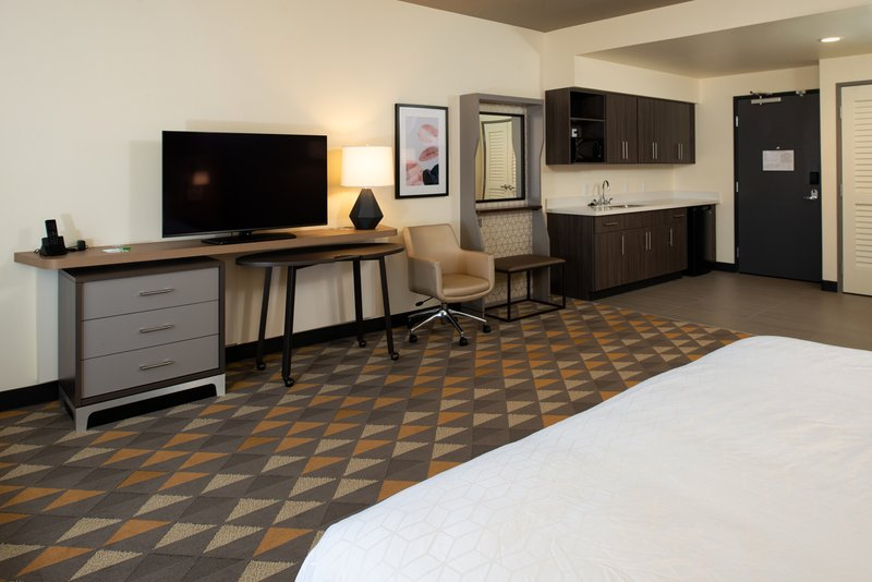 Holiday Inn Hotel And Suites Idaho Falls-Guest Room<br/>Image from Leonardo