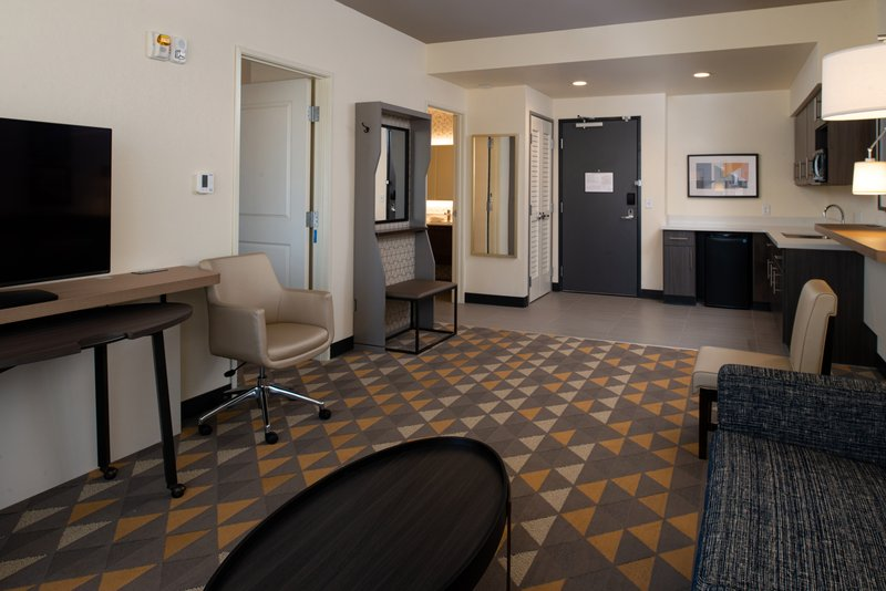 Holiday Inn Hotel And Suites Idaho Falls-Suite<br/>Image from Leonardo