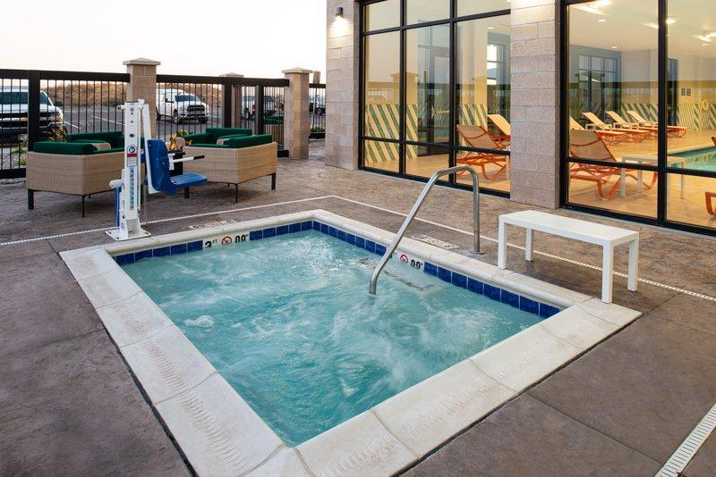 Holiday Inn Hotel And Suites Idaho Falls-Outdoor Hot Tub<br/>Image from Leonardo