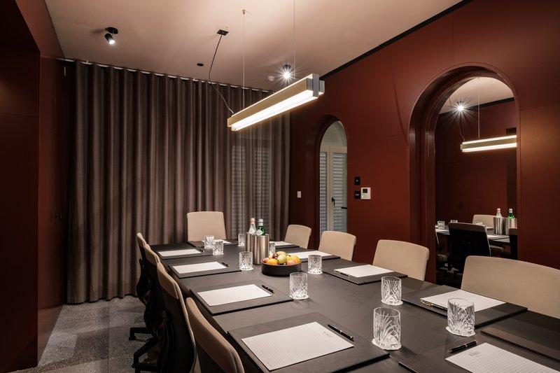 Rosselli AX Privilege-Executive Boardroom<br/>Image from Leonardo