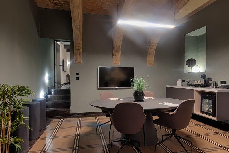 Rosselli AX Privilege-STE - Sixteen 34 Suite - Bedroom - STE<br/>Image from Leonardo