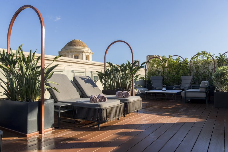 Rosselli AX Privilege-Rosselli Roof Terrace and Lounge<br/>Image from Leonardo