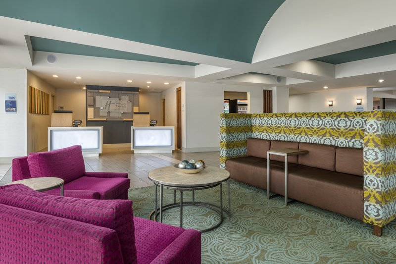 Holiday Inn Express & Suites The Villages-Hotel Lobby<br/>Image from Leonardo